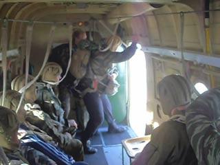 прыжок десантника с ан 2 высота телефоны, часы